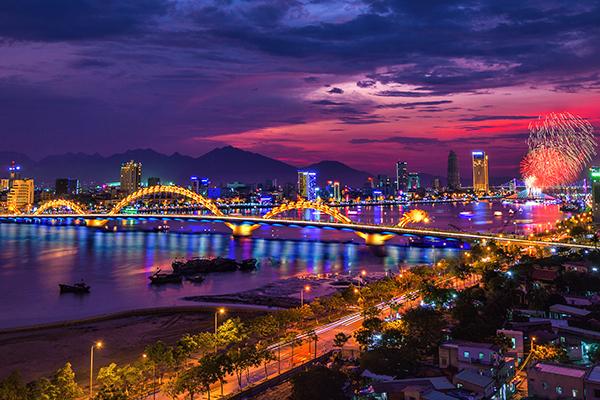 Thành phố Đà Nẵng hiện đại nhộn nhịp
